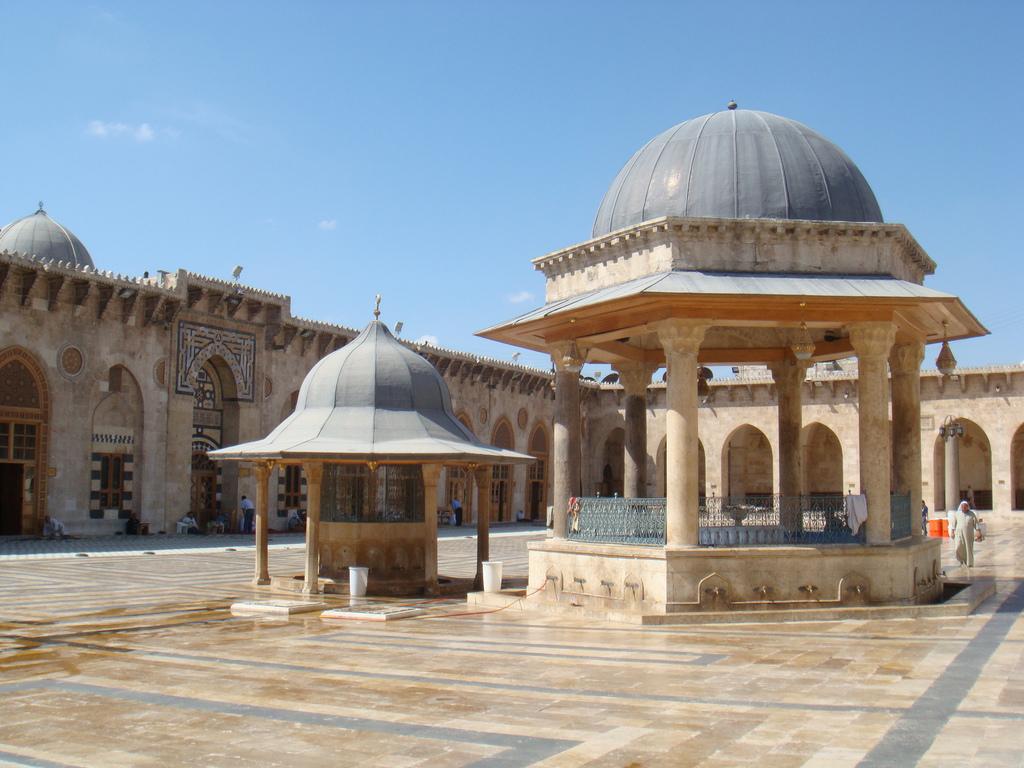 Aleppo ja inhimillisyyden täydellinenromahtaminen